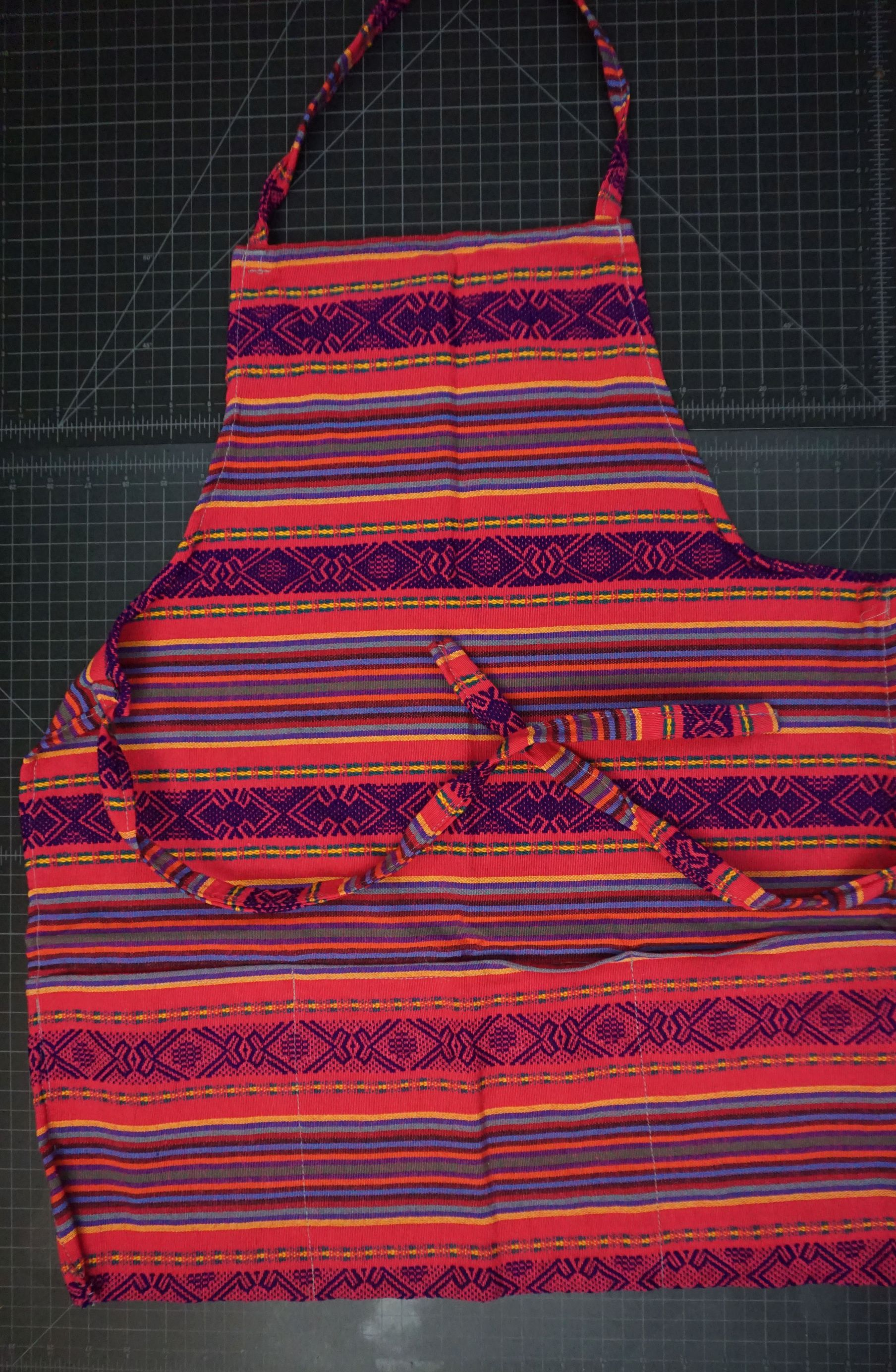 Cotton Apron -Geometric Pattern With Pockets